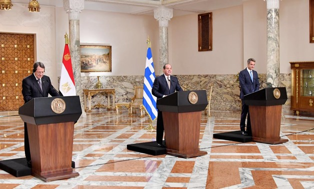 President Abdel Fatah al-Sisi, Cypriot President Nicos Anastasiades (l), and Greek Prime Minister Kyriakos Mitsotakis (r) in a joint press conference after trilateral summit in Cairo, Egypt. October 8, 2019.