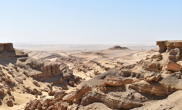 FILE: Jebel Qatrani,  paleontological and geologic formation located in the Faiyum Governorate of central Egypt