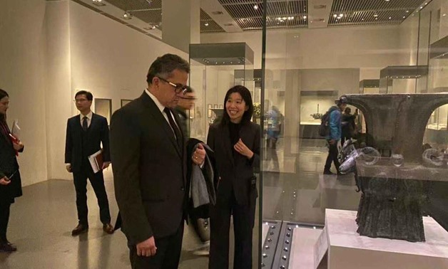 Khaled el-Anani with Chinese counterpart - ET