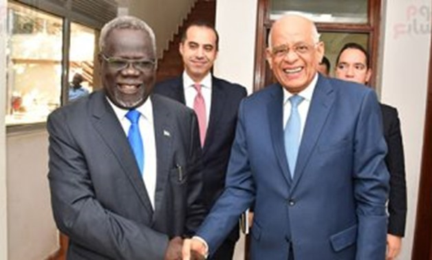 Egyptian Parliament Speaker Ali Abdel Aal meets with South Sudanese health minister Riek Gai Kok - Press photo