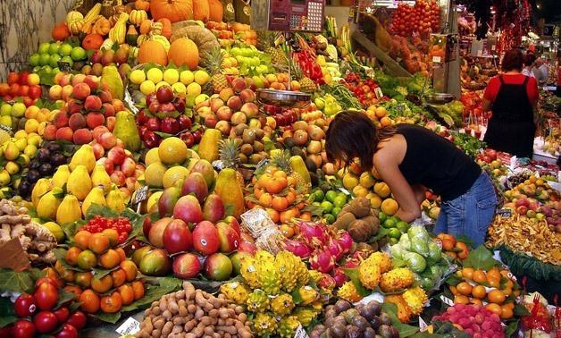 Fruits market - Daderot wiki cc