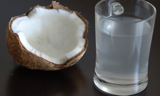 File:Fresh coconut water - Wikipedia commons