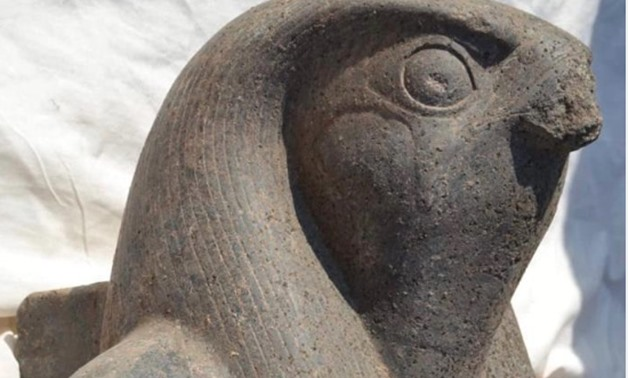Discovered statue of Horus - ET