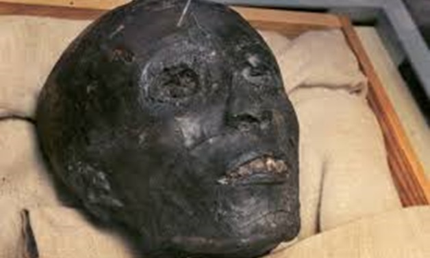 Mummy of King Tutankhamen - Pintrest