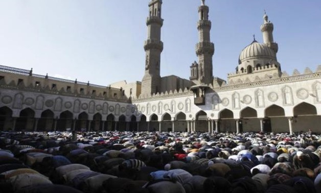 Cabinet denies reports on canceling ban on Friday prayers