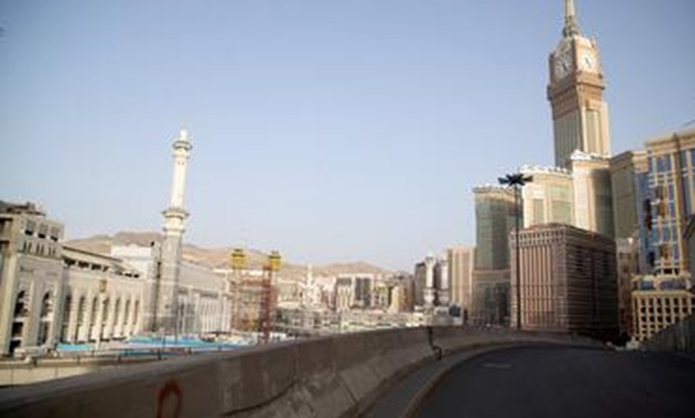 FILE PHOTO: A view of a deserted street, during a curfew imposed to prevent the spread of the coronavirus disease (COVID-19), in the holy city of Mecca, Saudi Arabia April 2, 2020. Picture taken April 2, 2020. REUTERS/Yasser Bakhsh