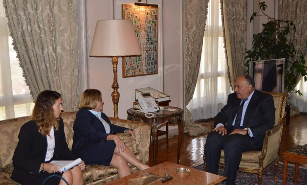 FM Sameh Shokry (R) and Janet Kackmen (L) in a meeting in the Foreign Affairs Ministry headquarter