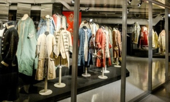 © AFP / by Marina KORENEVA | The Hermitage's new Costume Gallery features clothes worn mostly by the Romanov dynasty from the 18th century to 1917.