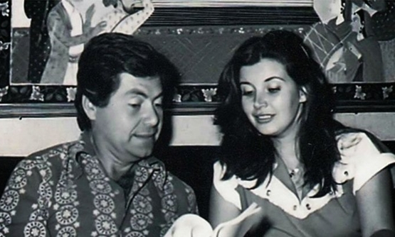 Celebrity couple Mervat Amin (R) and Hussein Fahmy (L)