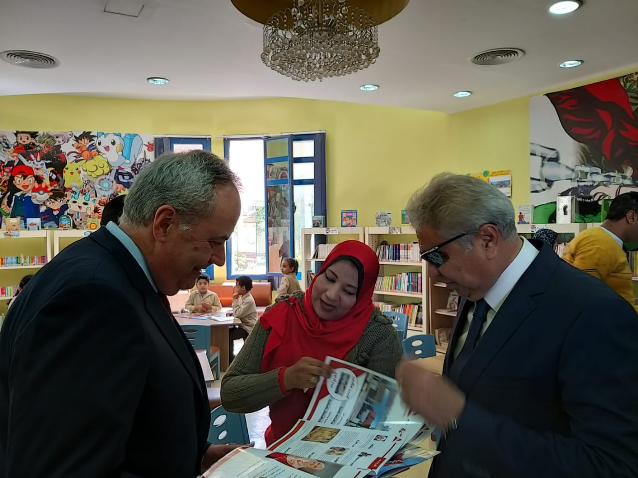 CDA Goldberger Tours the Public Library in Minya