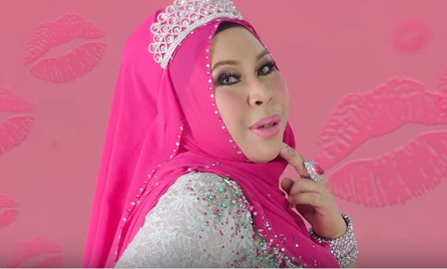 Malaysian Pop Song I Am Me Inspires Loads Of Parodies Egypt Today
