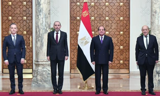Sisi affirms need to internationally resume Middle East peace process in meeting with FMs