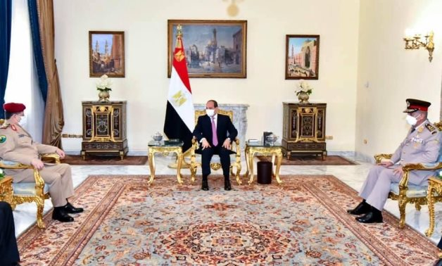 Egyptian president asserts support to political solution in Yemen