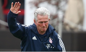 Football Soccer - Bayern Munich training session - training ground, Munich, Germany, October 9, 2017 - Bayern Munich's new coach Jupp Heynckes, attends his first training session. REUTERS/Michael Dalder
