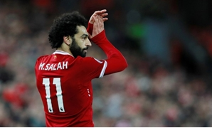 Premier League - Liverpool vs. Southampton - Anfield, Liverpool, Britain - November 18, 2017 Liverpool's Mohamed Salah applauds the fans as he is substituted Action Images - Reuters