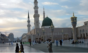 Madinah Haram at sunset – Creative Common via Wikimedia Common – undated