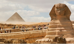 Great Sphinx of Giza and the Pyramid of Menkaure. Cairo, Egypt, North Africa. March 24, 2009 – Wikimedia/Mstyslav Chernov