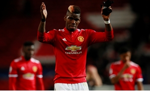 Soccer Football - Champions League - Manchester United vs CSKA Moscow - Old Trafford, Manchester, Britain - December 5, 2017 Manchester United's Paul Pogba applauds fans after the match Action Images via Reuters/Jason Cairnduff