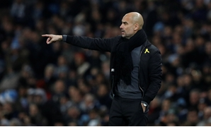 Premier League - Manchester City vs Tottenham Hotspur - Etihad Stadium, Manchester, Britain - December 16, 2017 Manchester City manager Pep Guardiola gestures - REUTERS/Phil Noble