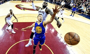 June 16, 2016; Cleveland, OH, USA; Cleveland Cavaliers forward LeBron James (23) blocks a shot by Golden State Warriors guard Stephen Curry (30) during the fourth quarter in game six of the NBA Finals at Quicken Loans Arena. Mandatory Credit: Bob Donnan-U