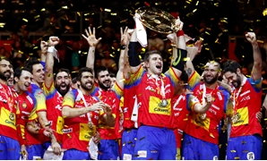 Handball - Men's EHF European Handball Championship - Medal ceremony - Arena Zagreb, Zagreb, Croatia - January 28, 2018. Spain's react with gold medals and the championship trophy. REUTERS/Antonio Bronic