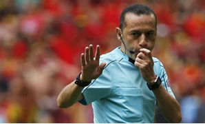 Football Soccer - Belgium v Republic of Ireland - EURO 2016 - Group E - Stade de Bordeaux, Bordeaux, France - 18/6/16 Referee Cuneyt Cakir - REUTERS/Sergio Perez Livepic