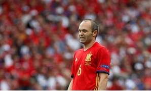 Football Soccer - Spain v Czech Republic - EURO 2016 - Group D - Stadium de Toulouse, Toulouse, France - 13/6/16 Spain's Andres Iniesta REUTERS/Sergio Perez Livepic