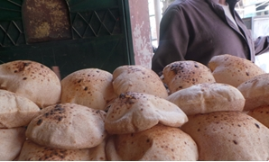 Egyptian subsidized bread in a governmental bakery in Helwan district, southern Cairo- May 9, 2018- Egypt Today- Samar Samir