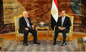 Egypt's President Abdel Fatah al-Sisi discusses Palestinian-Israeli case with Palestinian President Mahmoud Abbas – Press Photo