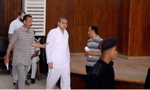 Egyptian journalist Ismail al-Iskandarani during his trial – press photo