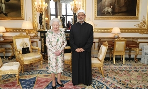 Grand Imam of Al-Azhar, and the Chairman of the Muslim Council of Elders, Dr. Ahmed el-Tayyeb meets Britain's Queen Elizabeth II, at Windsor Castle in London on Thursday/ Press Photo / CC PAImages