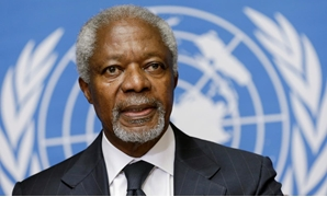 FILE PHOTO: U.N.-Arab League mediator Kofi Annan addresses a news conference at the United Nations in Geneva August 2, 2012. REUTERS/Denis Balibouse