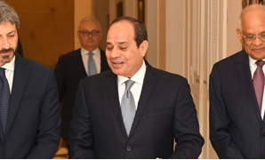 Sisi stressed on Monday that Egypt is keen to solve Italian student Giulio Regeni's murder case, and Egyptian authorities are committed to full transparency with Italian side in this regard.