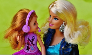 CAPTION: Barbie dolls - CC via Pixabay