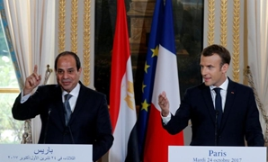 French President Emmanuel Macron and Egyptian President Abdel Fattah al-Sisi attend a news conference at the Elysee Palace in Paris, France, October 24, 2017. REUTERS/Philippe Wojazer