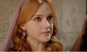 German-Turkish actress Mariam Uzerli - Egypt Today.