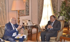 Egyptian Minister of Foreign Affairs Sameh Shoukry (R) met with Phil Hogan (L), the Commissioner for Agriculture and Rural Development, on Monday in Cairo- Press photo