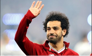 NSC Olympic Stadium, Kiev, Ukraine - May 26, 2018 Liverpool's Mohamed Salah waves to fans before the match REUTERS/Andrew Boyers