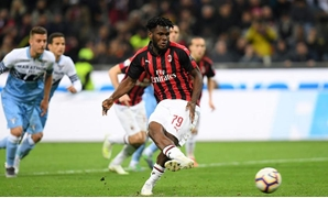 AC Milan's Franck Kessie scores their first goal from a penalty REUTERS/Daniele Mascolo