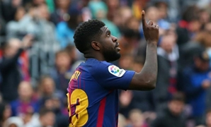 Soccer Football - La Liga Santander - FC Barcelona vs Valencia - Camp Nou, Barcelona, Spain - April 14, 2018 Barcelona's Samuel Umtiti celebrates scoring their second goal REUTERS/Albert Gea