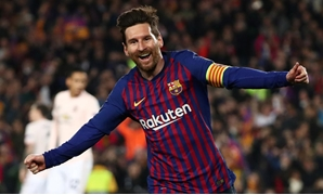 Soccer Football - Champions League Quarter Final Second Leg - FC Barcelona v Manchester United - Camp Nou, Barcelona, Spain - April 16, 2019 Barcelona's Lionel Messi celebrates scoring their second goal REUTERS/Sergio Perez