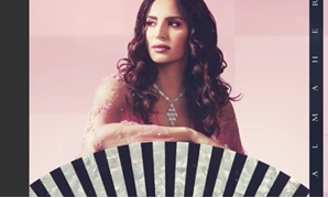 "Amal Maher - Capture photo from video clip ""Enta Wahdak"""