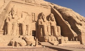 FILE - Abu Simbel Temple - Wikimedia Commons/Pepaserbio