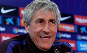 FILE PHOTO: Soccer Football - FC Barcelona Press Conference - Ciutat Esportiva Joan Gamper, Barcelona, Spain - January 18, 2020 Barcelona coach Quique Setien during the press conference REUTERS/Albert Gea/File Photo