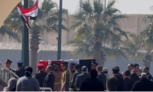 Guards carry the coffin of former Egyptian President Hosni Mubarak as they arrive at Field Marshal Mohammed Hussein Tantawi Mosque, during his funeral east of Cairo, Egypt February 26, 2020. REUTERS/Amr Abdallah Dalsh