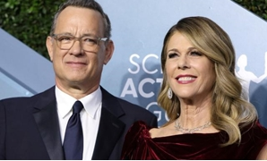 FILE PHOTO: 26th Screen Actors Guild Awards – Arrivals – Los Angeles, California, U.S., January 19, 2020 – Tom Hanks and Rita Wilson. REUTERS/Monica Almeida.