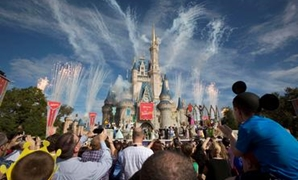 FILE PHOTO: Fireworks go off around Cinderella's castle during the grand opening ceremony for Walt Disney World's new Fantasyland in Lake Buena Vista, Florida December 6, 2012. REUTERS/Scott Audette/File Photo.