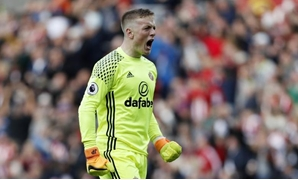 Britain Soccer Football - Sunderland v West Bromwich Albion - Premier League - The Stadium of Light - 1/10/16 Sunderland's Jordan Pickford celebrates after Patrick van Aanholt scores their first goal Reuters / Russell Cheyne Livepic